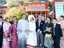 佐賀の男性とタイ人女性 祐徳稲荷神社で挙式