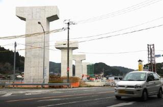 国策と地方 知事選2015(3)新幹線フル規格化