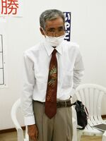 「準備期間が短く、主張を浸透させられなかった」と話した弥富博幸さん=5日午後10時ごろ、多久市北多久町の事務所