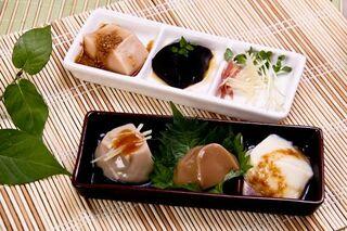 <ひびのプレゼント>肥前とうふ(佐賀市)より「『ペロリン』5種の豆腐セット」を3人に