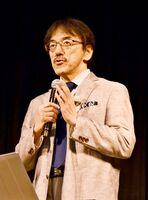 多久市の職員研修会で講演した青木洋介・佐賀大医学部教授=多久市中央公民館