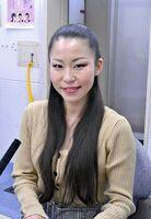 ラジオにゲスト出演した上戸恵美さん=佐賀市のNBCラジオ佐賀