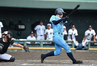 東明館 主将・寺﨑がサヨナラ本塁打 高校野球佐賀大会・3回戦