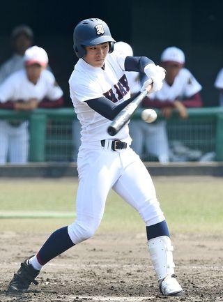 伊万里8強進出 九州地区高校野球大会