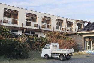 台風で宿泊中止45万人、観光庁