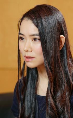震災を題材の「美しい顔」刊行