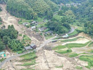 <大雨1カ月>復旧道半ば 土砂災害、なお警戒の日々