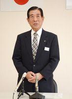 記者会見で市長選に立候補しない意向を語る現職の谷口太一郎氏=嬉野市役所嬉野庁舎