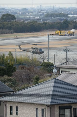 「基地のまち」思い複雑 陸自ヘリ飛行再開