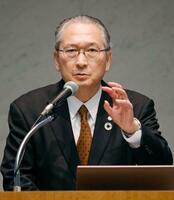 講演する連合の神津里季生会長=28日午後、東京都内