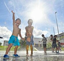 猛暑、富山市で38・4度を記録