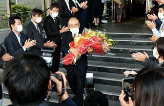秀島佐賀市長が退任 4期16年、市政運営に尽力