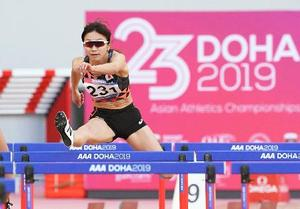 女子100メートル障害決勝 13秒13で優勝した木村文子=ドーハ(共同)