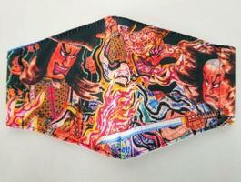 青森ねぶた祭の写真をプリントした「祭りマスク」(小杉織物のホームページから)