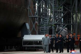 北朝鮮が新型潜水艦