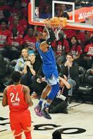 NBA球宴、レブロン組が勝利