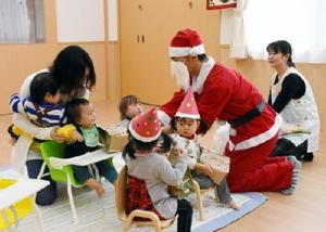 クリスマス会など園児らのお楽しみ行事も開かれたSUMCOいまり保育園=伊万里市