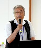 「文化を発信する町・有田にすることを考えることも大切」と話す長谷川武雄さん