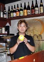 主役の一人、ノグチのモデルになった野口毅さん。7年続く居酒屋は映画公開時に開店し、多くの映画ファンが足を運んだ=佐賀市鍋島の「くら蔵」