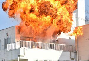迫力ある建物爆破シーンのプロモーションなどが行われた旧嬉野医療センター跡地=嬉野市嬉野町