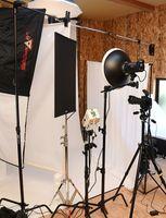 プロ仕様の写真機材がそろうスタジオ=武雄市武内町