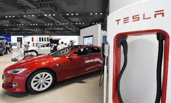 中国、米国車の関税引き下げへ