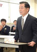 行方不明者保護の功労で感謝状を受けた池田博幸さん
