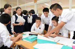 佐賀のニュース 城北中でディベート授業