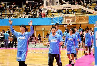 佐賀バルーナーズ快勝 香川に81-64 バスケ男子B2リーグ