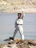 アフガニスタンで活動する中村哲さん(2004年撮影、ペシャワール会提供)