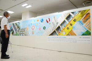 佐賀北高校美術部が手掛けた壁画=佐賀市の佐賀玉屋6階