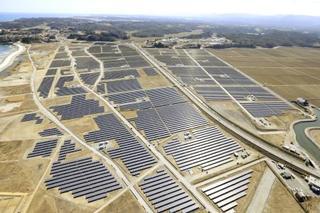 再生エネルギー主力化で原発低減