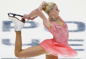 2017年12月のロシア選手権の女子ショートプログラムで演技するマリア・ソツコワ=サンクトペテルブルク(タス=共同)